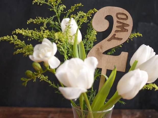 Print For Love of Wood's #rustic table numbers add the perfect finishing touch to #wedding tables. #Etsy #rusticweddings