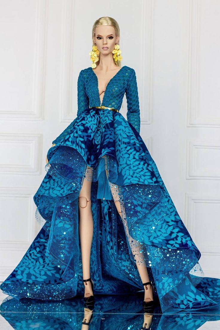 """Loving this dramatic blue gown on """"barbie"""""""
