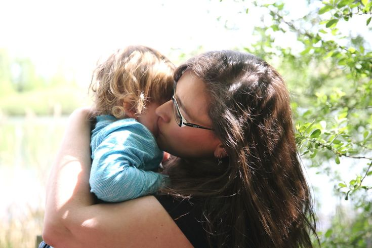 a mothers love, cambridge family photography