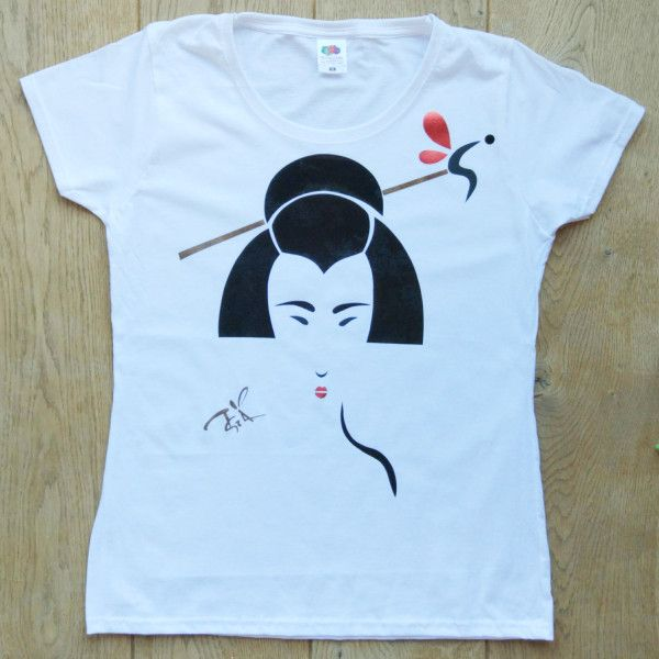 Madama Butterfly - Art T-shirt
