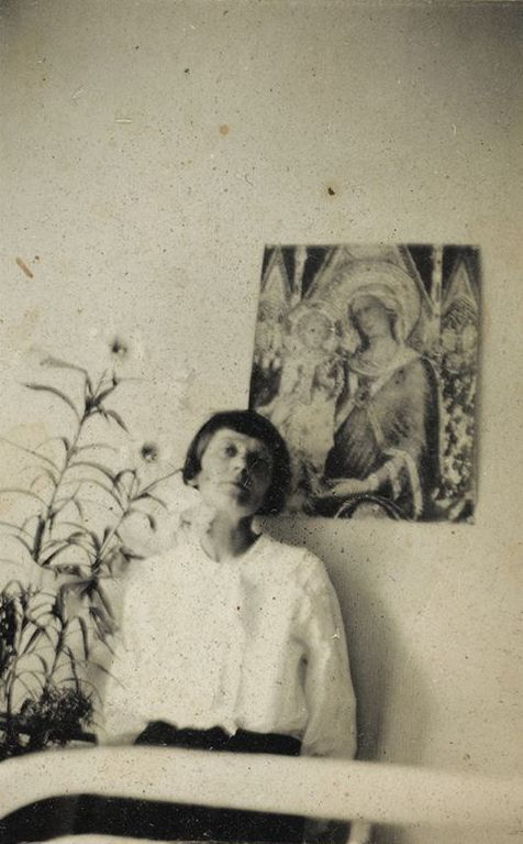 Emmy Hennings, 1927