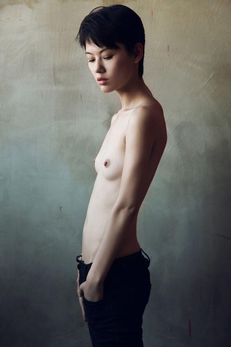 tomboy girl naked pics