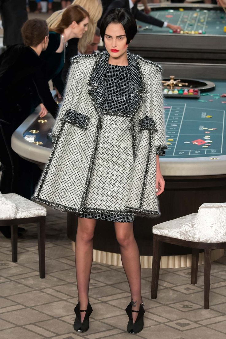 Chanel Fall 2015 Couture Fashion Show - Catherine McNeil (OUI)