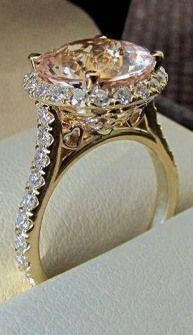Luxury ring... Seguici su Hermans Style diventa nostra fan ed entrerai nel mondo fantastico del Glamour !!!