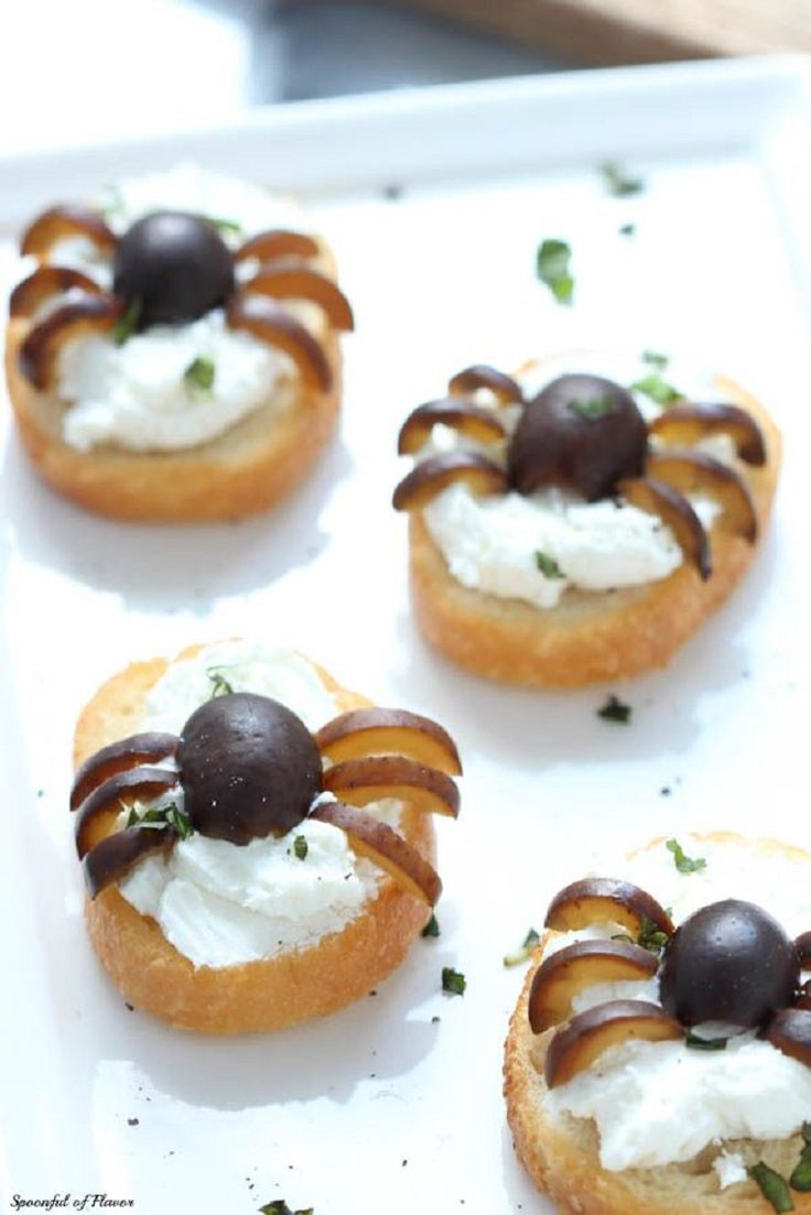 10 Party-Ready Halloween Appetizers - GleamItUp