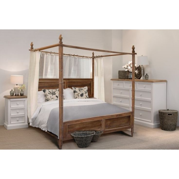 Best 25 queen canopy bed ideas on pinterest canopy bed frame queen canopy bed frame and - Canopy bed without frame ...