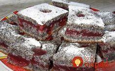 Najobľúbenejší makový koláčik mojej rodiny a verím, že keď ho ochutnáte, bude aj váš!