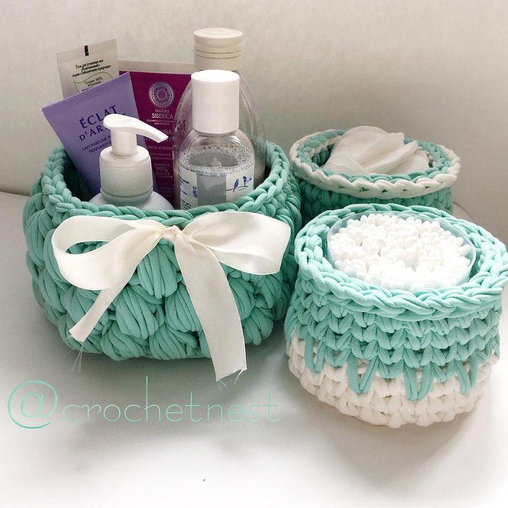 У каждой женщины есть свои маленькие, секретные баночки,флакончики для поддержания красоты. Как же удобно,когда все это собрано в одном месте,в таких удобных и стильных корзинках.Набор продан,возможен повтор и в другом цвете#crochetbasket#crochet#myhobby#crochetlove#handmade#homedecor#crochetforsale#трикотажнаяпряжа#трикотажныекорзинки#корзинкиизтрикотажнойпряжи#вяжуназаказ#домашнийуют#домашнийдекор#вяжетнетолькохурма#вяжутнетолькобабушкиноимамочки#ниткашоп#chisinau#crochet_nest