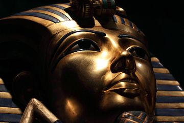Interesting new theory re: the mummy of King Tut.