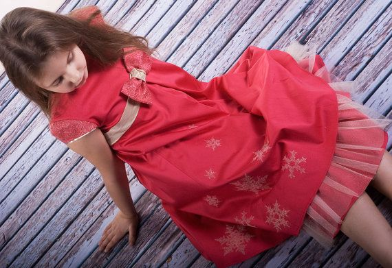 Christmas Dress for Girls-red gold christmas by MonikaVenika
