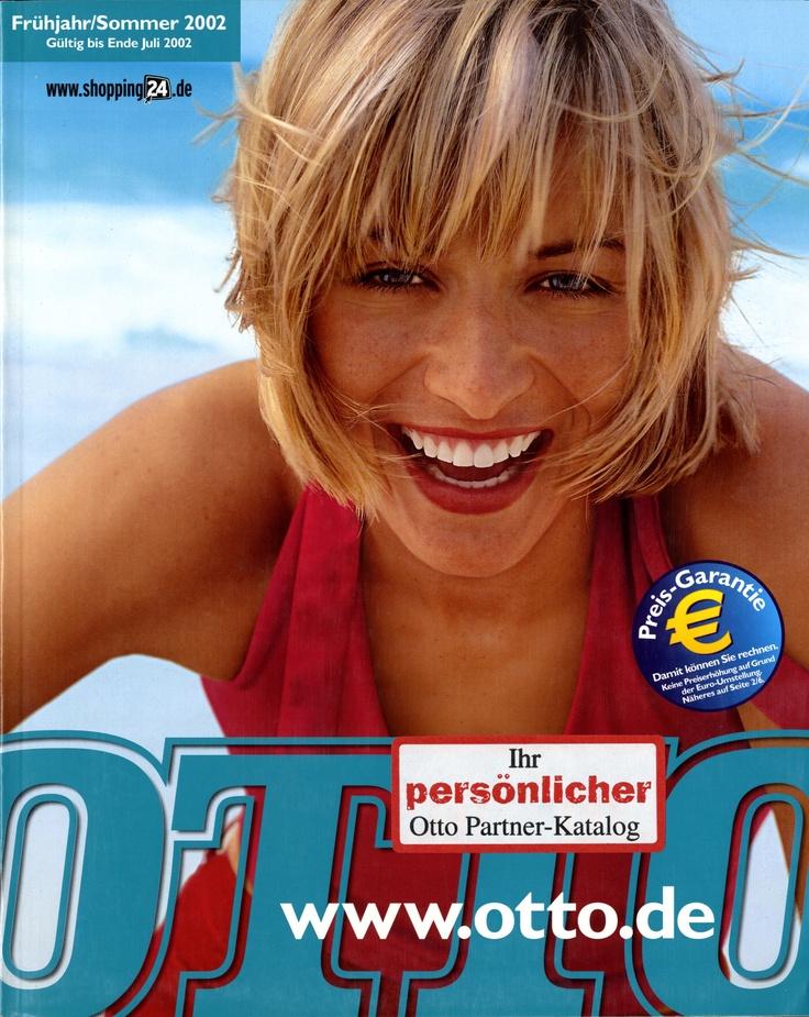 """Katalogcover Frühjahr/Sommer 2002. In diesem Jahr wird aus dem Namen """"OTTO Versand"""" der Name """"OTTO""""."""