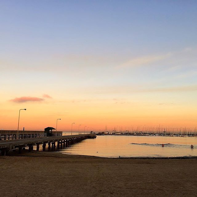 Melbourne sunrise ❤ #brighton #bayside #melbourne #melbournelifelovetravel #loveit #visitmelbourne #sunrise #skyline #morning #golden #beachlife #beautiful #picturesque #thatview #autumn #instamelbourne #instagood #instasunrise #pier #beach #magical #australia #instamorning #instaview