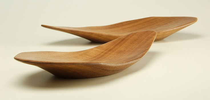 Serving Dishes in Queensland Maple by Bob Gilmour