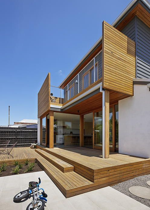 North Fitzroy House by Jean-Paul Rollo Architects (via Lunchbox Architect)