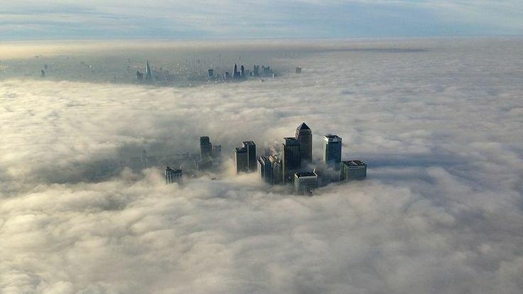 Londýn pohltila hustá mlha