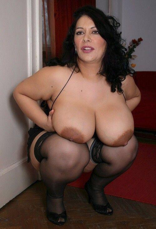 Barebutt spanking femdom f m