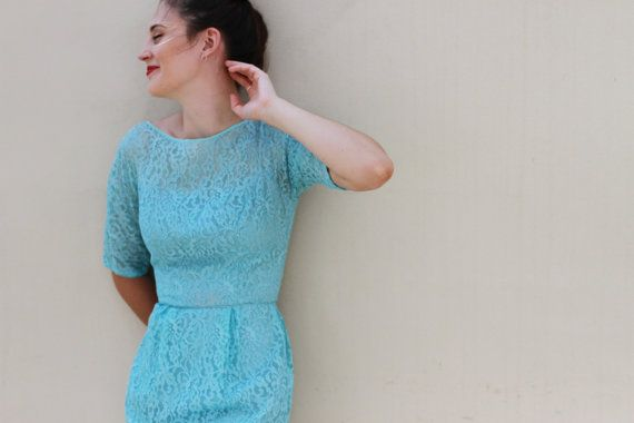 Vintage 1960s Jean Shrimpton Dress / Baby Blue Lace / XXS/XS