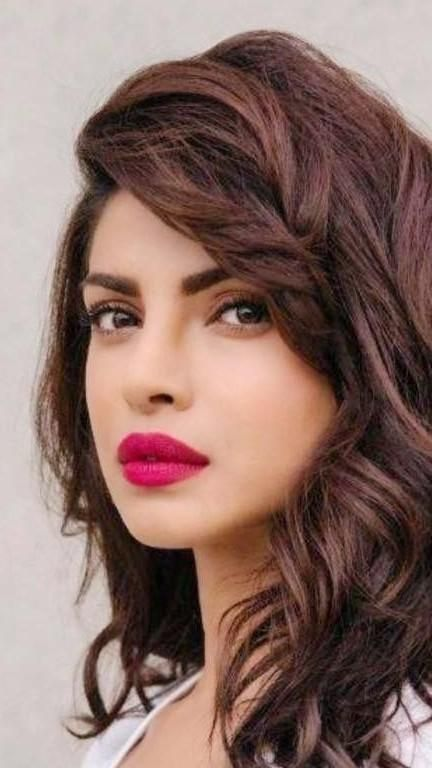 Looking for the pink lipstick that Priyanka Chopra is wearing