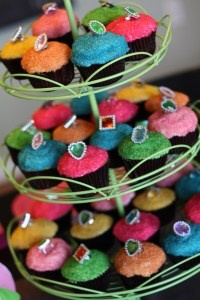 Princess party - put jewellery on food items for kids to collect?