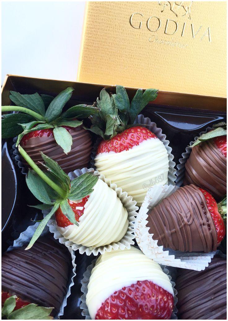 Chocolate Covered Strawberries from Godiva