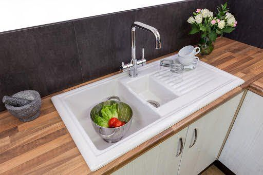 Reginox Rl301cw Traditional White Ceramic 1 5 Bowl Sink Basket Strainer Wastes Included Lowest Price Guaranteed In Stoc In 2020 Sink Bowl Sink Kitchen Sink Install
