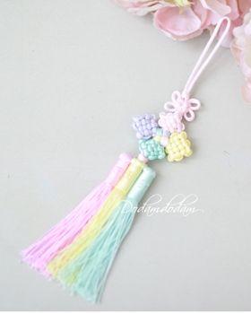 hanbok accessory Norigae W4,000 노리개.눈물고름 http://dodamdodam.com/goods_list.php?Index=503