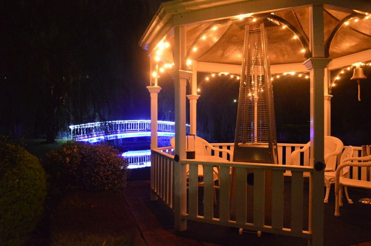 The most perfect, quiet and romantic Bed and Breakfast accommodation located in Yarra Ranges www.lakesidecottage.com.au
