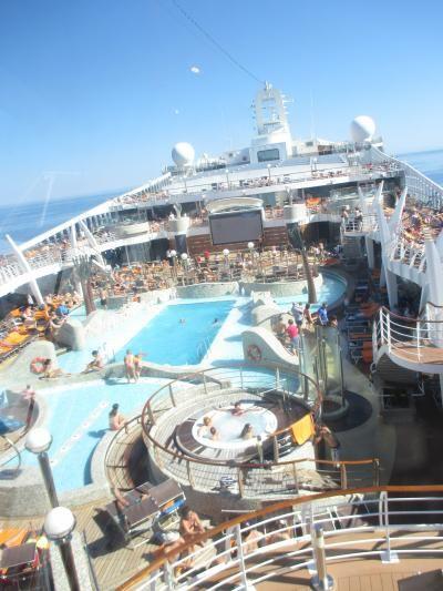 初めてのクルーズ MSCファンタジア号で行く西地中海(7泊8日)。続編 (マヨルカ島)