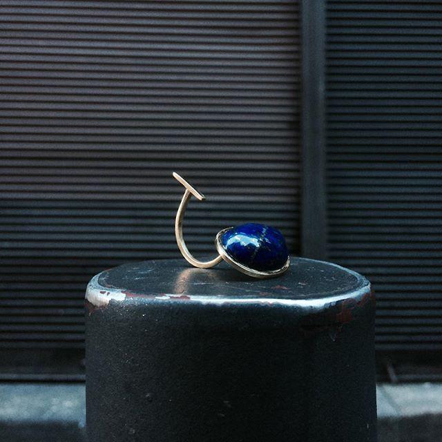 new work - geometric  #jewellery #jewellerydesign #contemporaryjewelry #ring #stone silver with lapis lazuli