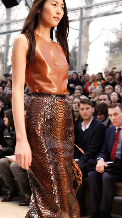 Liu Wen on the Burberry Prorsum Womenswear Autumn/Winter 2013 Runway
