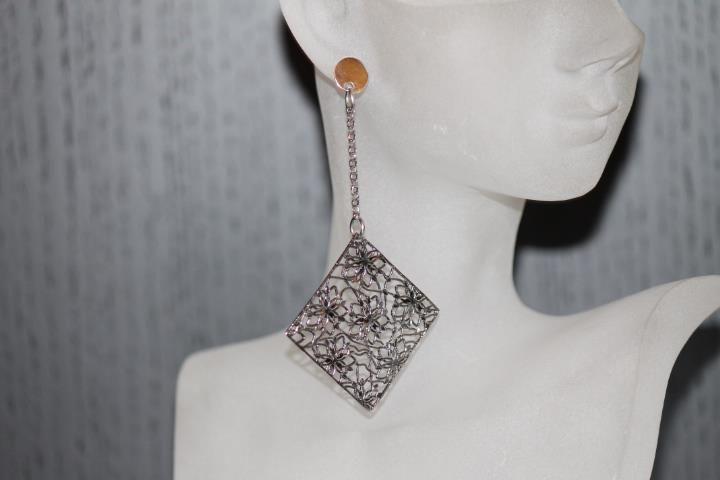 Orecchini in argento fatti a mano. #gioielli #silver #earrings
