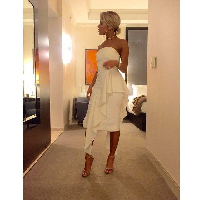 Miranda brooke wedding dress designers