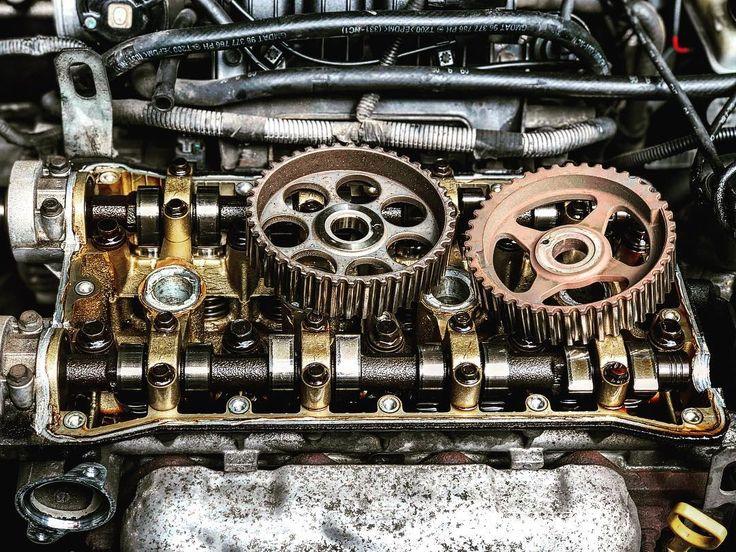 Reparación de motor para un #chevrolet aveo lt  #PuchiCar . . . . . . . #motor #car #mechanic #mecanico #motores #photography #lima #servicios #tallermecanico #photo #photoshoot #metal