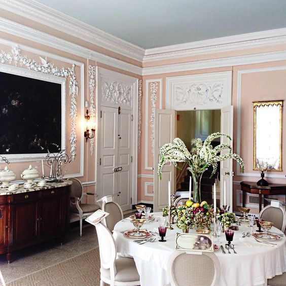 pink and white elegant and classic dining room with sky blue ceiling - Bunny Williams ~ dining room at the Mount