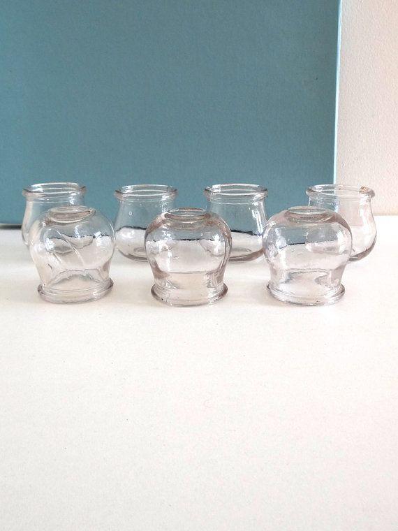 Lot de 7 ventouses médicales anciennes en verre par BrocAndPop