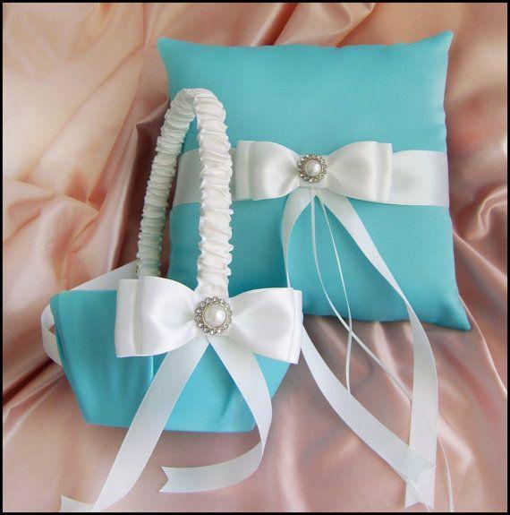 Tiffany Blue and White Wedding Basket and PillowWedding Flower Girls, Rings Bearer, Tiffany Blue Weddings, Flower Girl Basket, Ring Bearer Pillows, Blue Wedding Flower, Pillows Sets, Girls Baskets, Rings Pillows