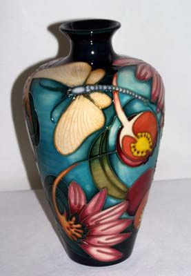 Moorcroft Pottery  | Collecting and Valuing Moorcroft Pottery
