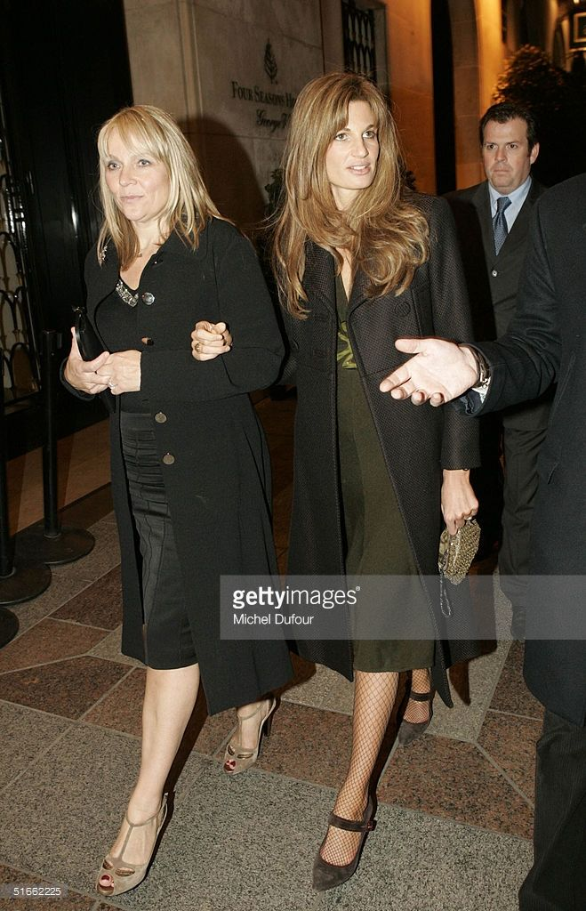 Jemima Khan and the author Helen Fielding arrive at the dinner at 'Chez Costes' after the preview of 'Bridget Jones: The Edge Of Reason' November 3, 2004 in Paris, France.