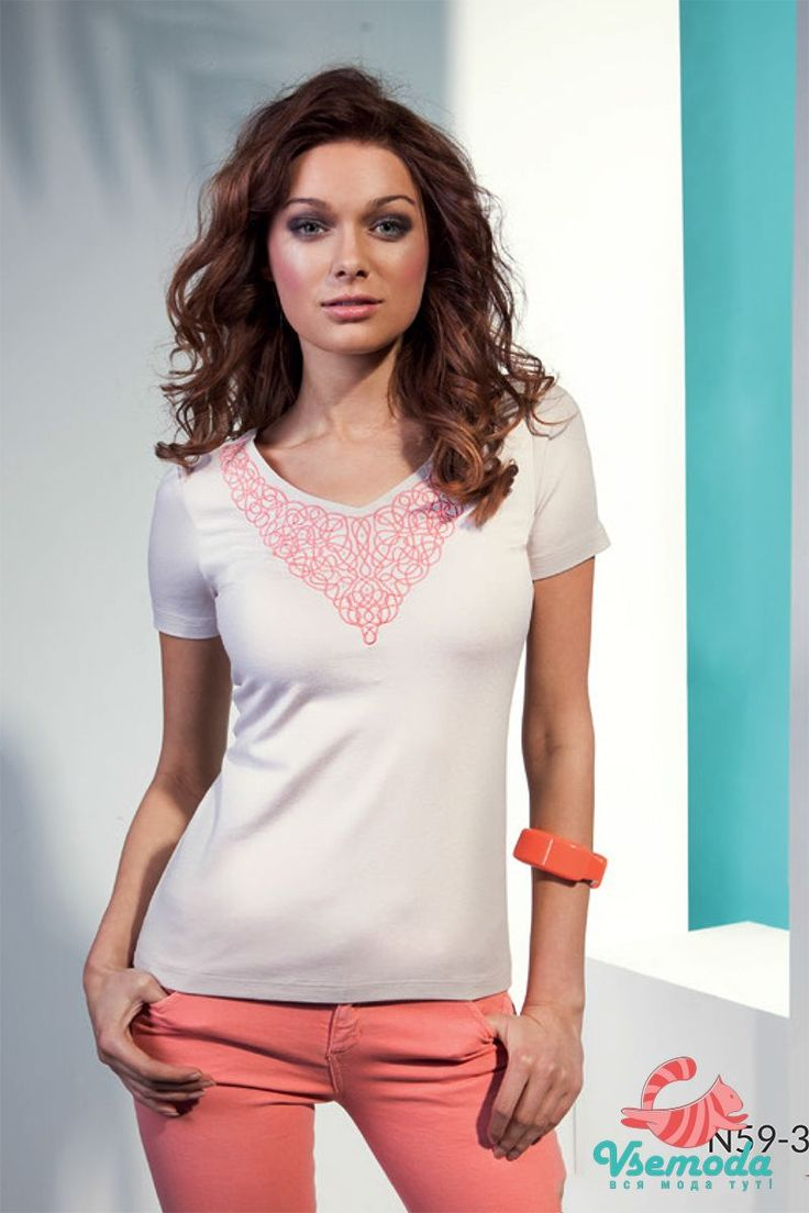Блузка N59-3 Фирма производитель: Sunwear Страна производитель: Польша Артикул: N59-3 Размер: 44-54 Состав: 95% вискоза, 5% эластан