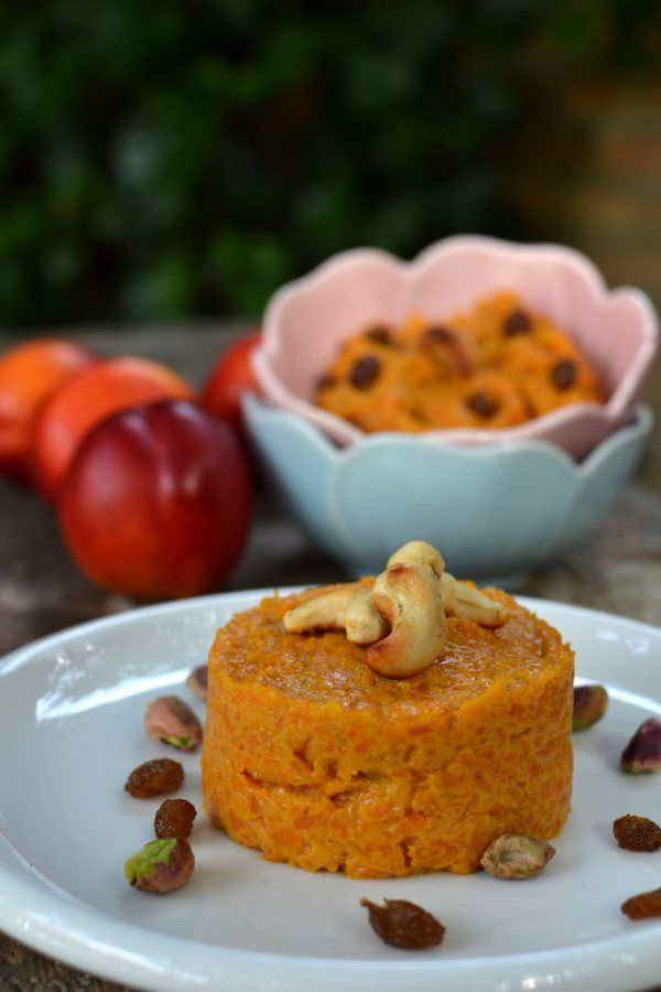 Gajar ka Halwa (Indian-style Carrot Pudding)