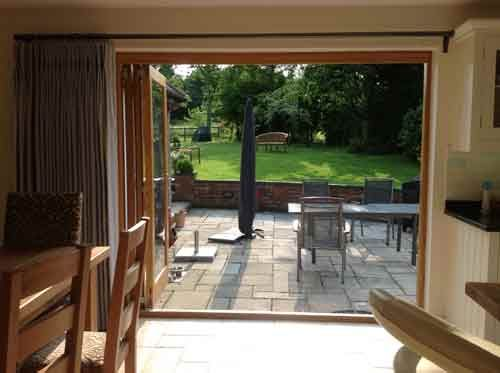Hallwright Bi-Fold Door Pole, 2 Brackets. No centre bracket. Amazing!
