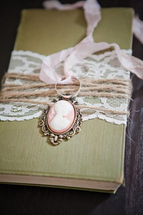 Weddbook ♥ Vintage ring bearer pillow alternative with lace details. Sweet vintage wedding ideas. vintage lace handmade craft  ringpillow ring  #vintage #lace #handmade