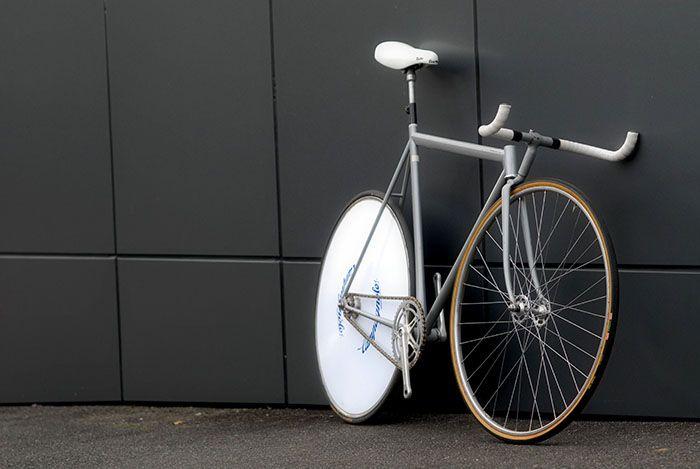 Leo Estermann Zurich Funny bike lo pro