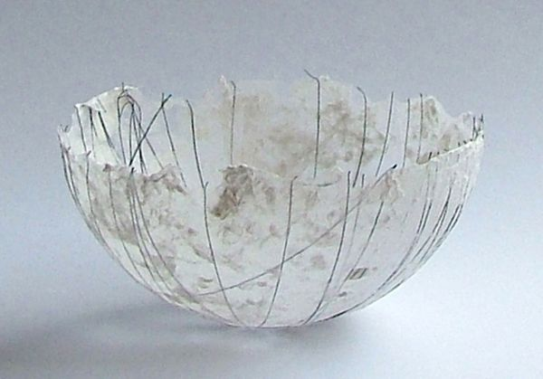 Petra Poolen's gorgeous paper bowls she makes with her own handmade Japanese paper for which she uses the vegetable fibers from the Abaca plant. To add specific textures to the paper, she uses myri...