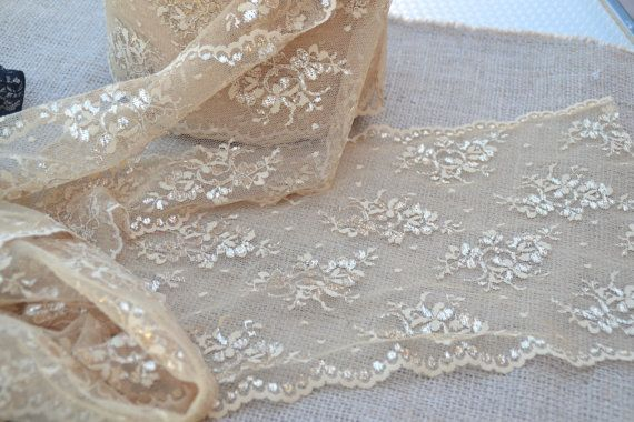 """Champagne/Gold Lace Table Runner Style Lace 10"""" Wide Choose size 3FT -12FT//Vintage Wedding/ Christmas Party Decor / Clothing lace"""