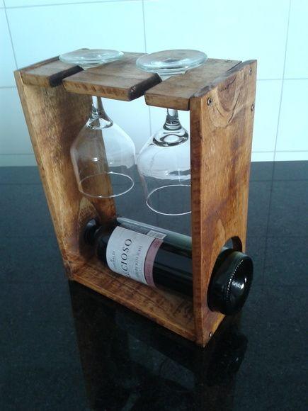 Porta Vinho e Taças - Verniz 2