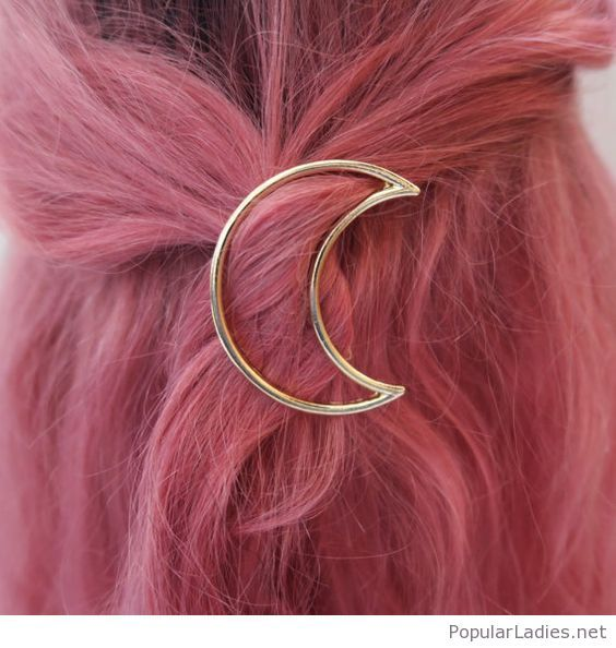 awesome-pink-hair-with-a-half-moon