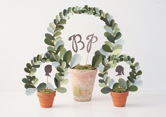 .: Paper Wreaths, Terracotta Can, Paper Leaf, Fresh Flowers, Tables Numbers, Leaf Topiaries, Paper Leaves, Paper Topiaries, Diy Paper