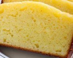 Gâteau au yaourt allégé vanillé sans huile : www.fourchette-et...