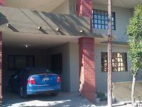Casa compartida único mujeres profesionistas, muy cerca de Vasconcelos, Alfonso Reyes, Corregidora, cuenta con lavadora, secadora, cocina, sala, comedor, cerca udem y rutas de transporte, centro de San Pedro